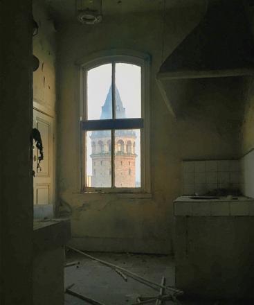 Onur Uygun // Bir mutfak penceresi, Galata, 2018